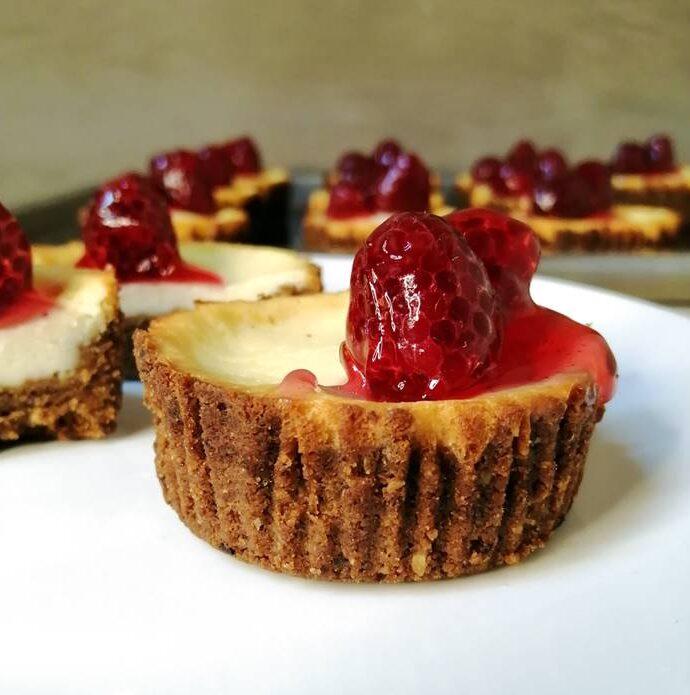 Yogurt Mini Cheesecake – addictive dessert!